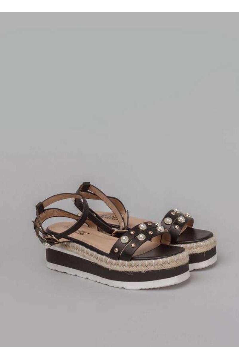 Sieviešu sandales uz platformas